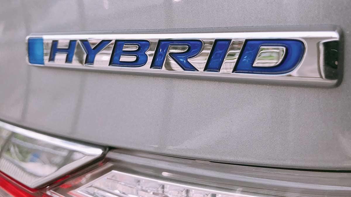 Hybrid repair and maintenance